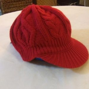 Knitted Isotoner Hat